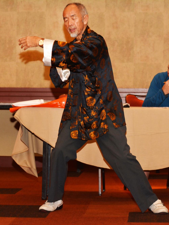 Dr Li Ding's Jingluo Qigong